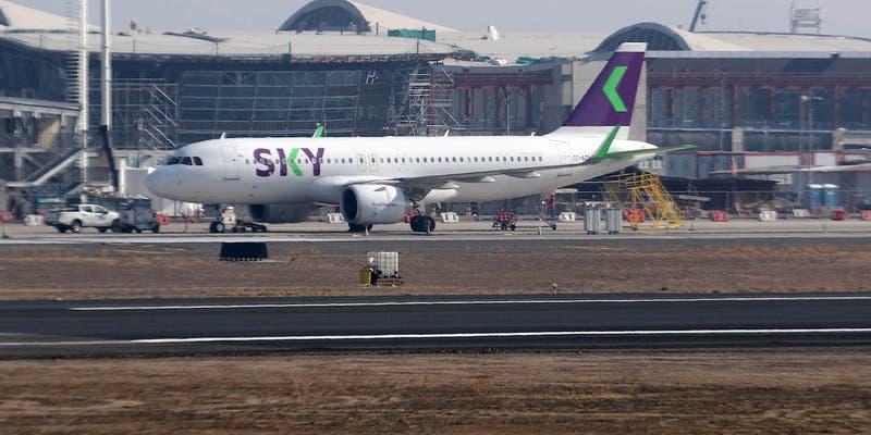 Sky Airline pasará definitivamente a teletrabajo