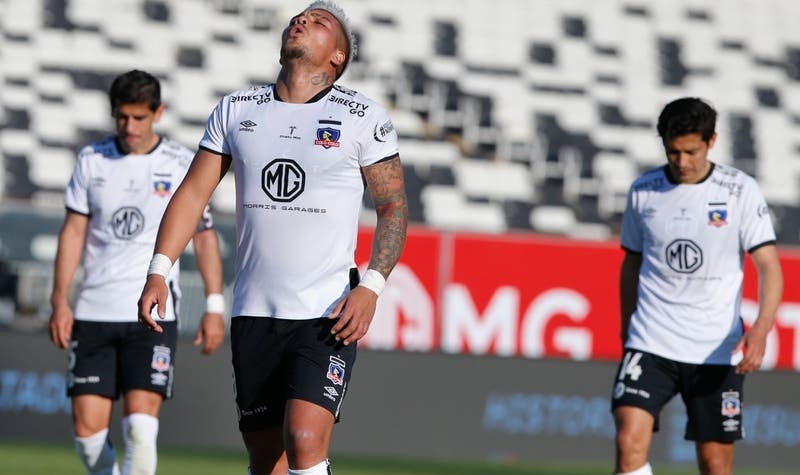 Colo Colo se queda sin entrenar antes de enfrentar a Antofagasta por atraso en los exámenes PCR