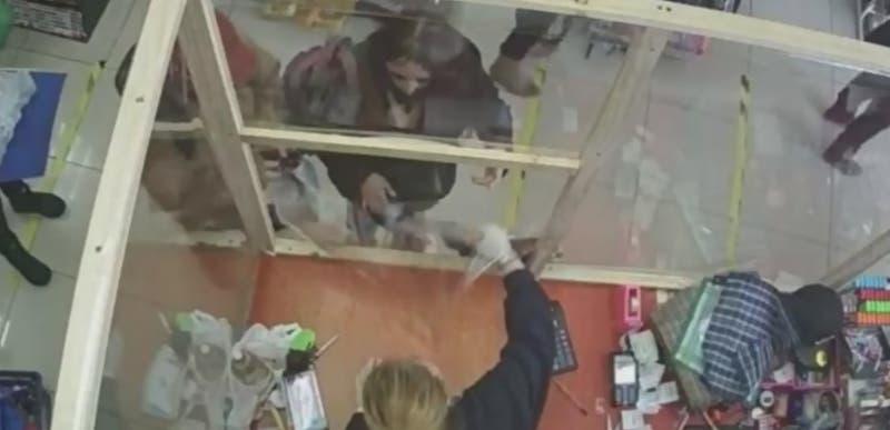 Cámara de seguridad captó a madre de Ámbar comprando elementos para ocultar crimen