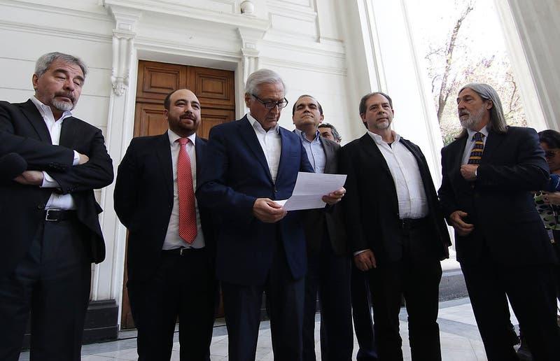 Ex Nueva Mayoría inscribe primarias en el Servel sin el Frente Amplio ni el PC