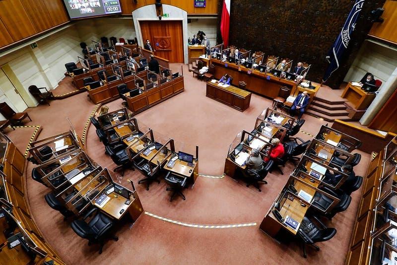 Senado aprueba ley de migraciones: Diputados deberán volver a revisar el proyecto