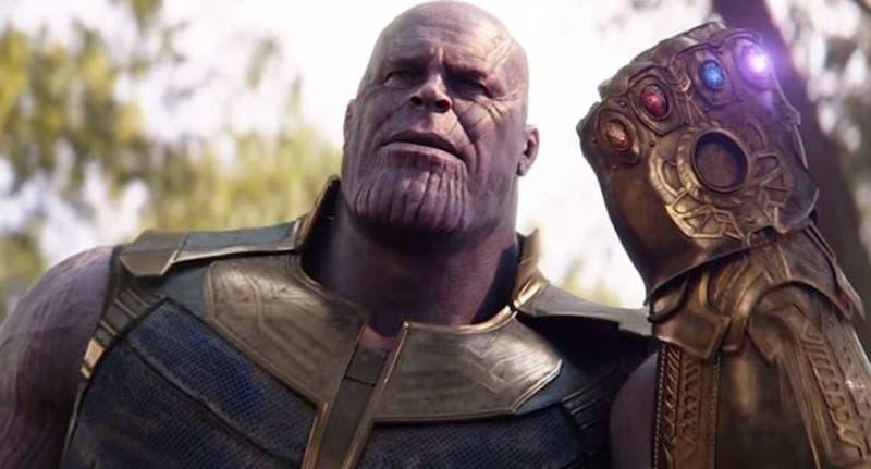 Tejió un Thanos de tamaño real y su resultado es increíble