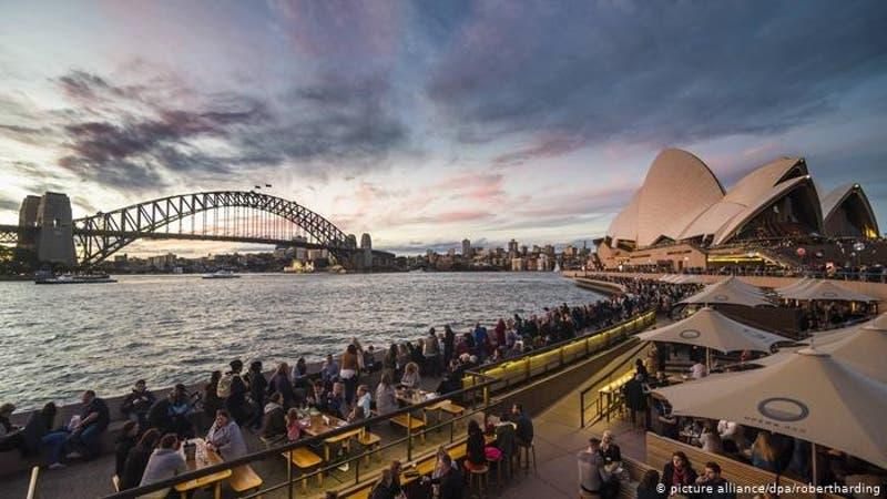 Australia busca relajar restricciones tras controlar segunda ola de contagios
