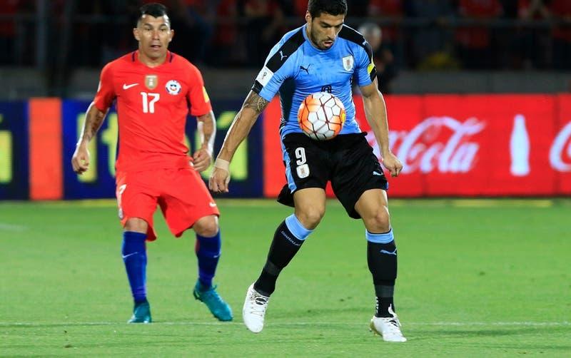 Sin Edinson Cavani: La nómina de Uruguay para recibir a La Roja por Clasificatorias