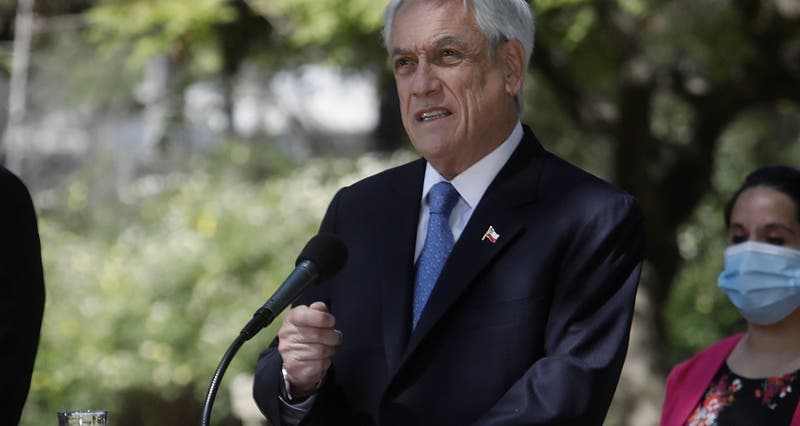 "Piñera llama ""encarecidamente"" a participar en el Plebiscito del 25 de octubre"