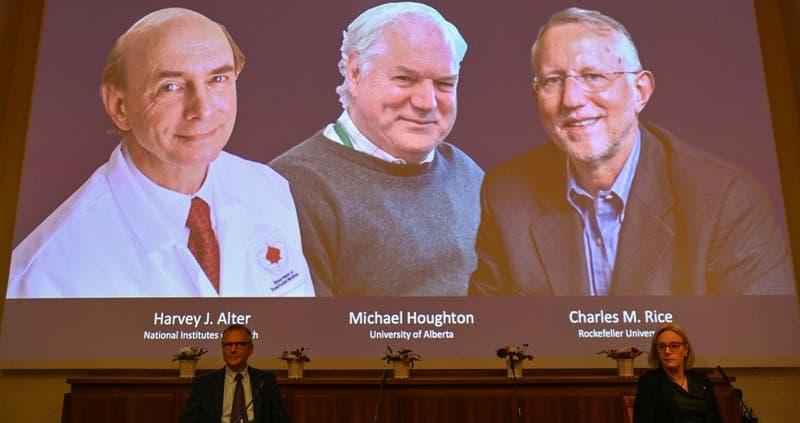 El vínculo chileno con uno de los recientes ganadores del Premio Nobel de Medicina 2020
