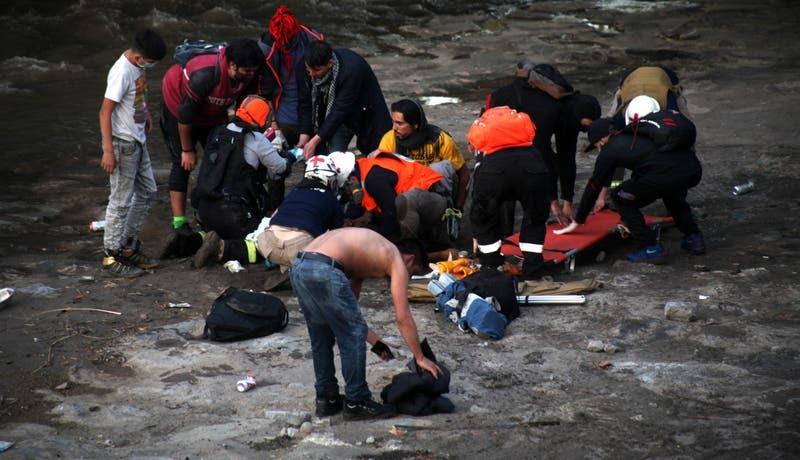 Caída de joven a río Mapocho: Carabineros asegura que adolescente está detenido