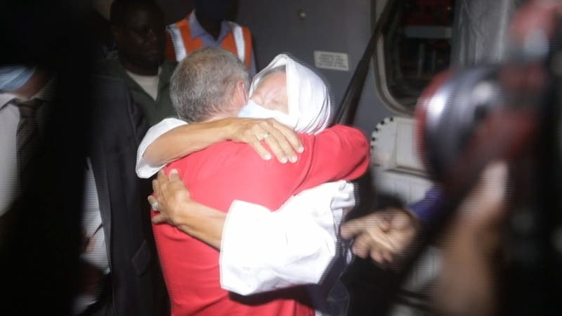 Liberan a rehén francesa de 75 años tras 4 años cautiva en el Sahara