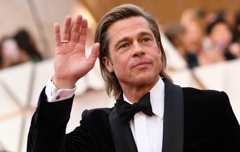 Mujer demanda a Brad Pitt: Creyó que hablaba con el actor y la estafaron por 40 mil dólares