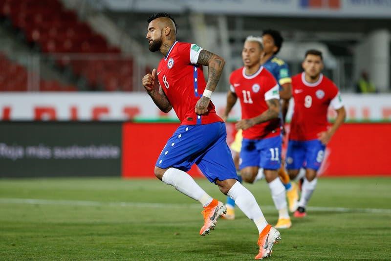 El mensaje de Arturo Vidal a sus amigos colombianos tras el empate por clasificatorias