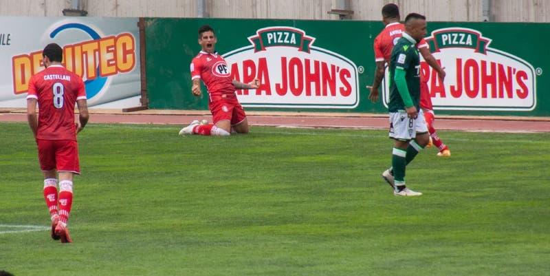 Unión La Calera golea a Santiago Wanderers y alcanza a Universidad Católica en la cima de la tabla
