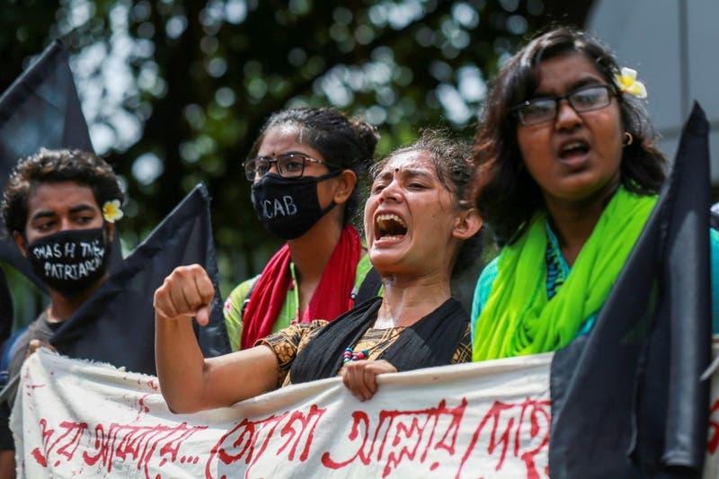 Cinco hombres condenados a muerte por violación en grupo en Bangladés