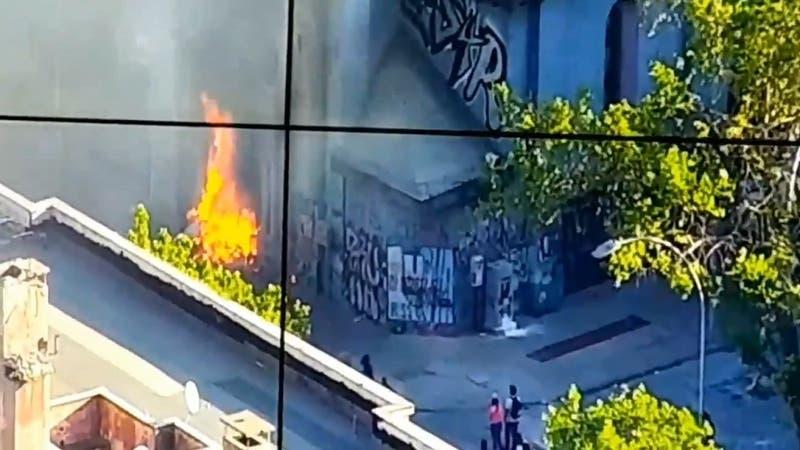 [VIDEO] Se registra incendio en Parroquia de la Asunción, en las cercanías del Parque San Borja