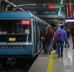 Gobierno anuncia gratuidad en el Metro de Santiago, Merval y Biotren para el plebiscito nacional