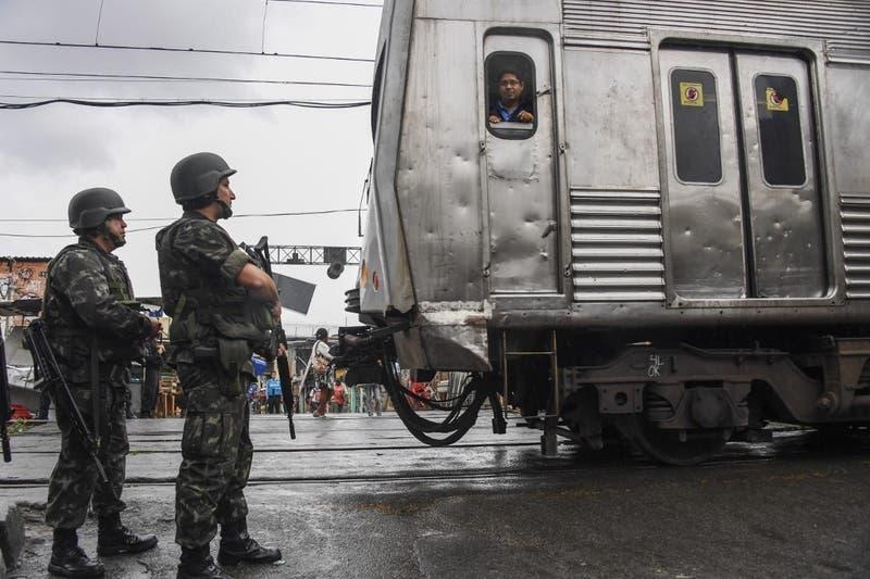 Grupo de narcos secuestra un tren en el norte de Brasil