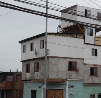 [VIDEO] La casa de 5 pisos que nadie quiere en Iquique: el riesgo de ampliaciones sin control