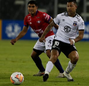 Con las manos vacías: Colo Colo cae ante Wilstermann y le dice adiós a Libertadores y Sudamericana