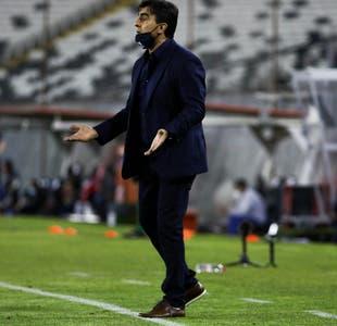 """Quinteros y eliminación de Colo Colo: """"La responsabilidad de la derrota es mía y la asumo"""""""