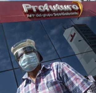 Perú discute el retiro del 100% desde las AFP