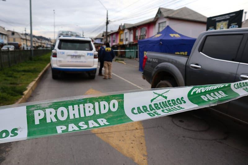 Mujer muere baleada mientras compraba junto a su hija de 13 años en San Fernando