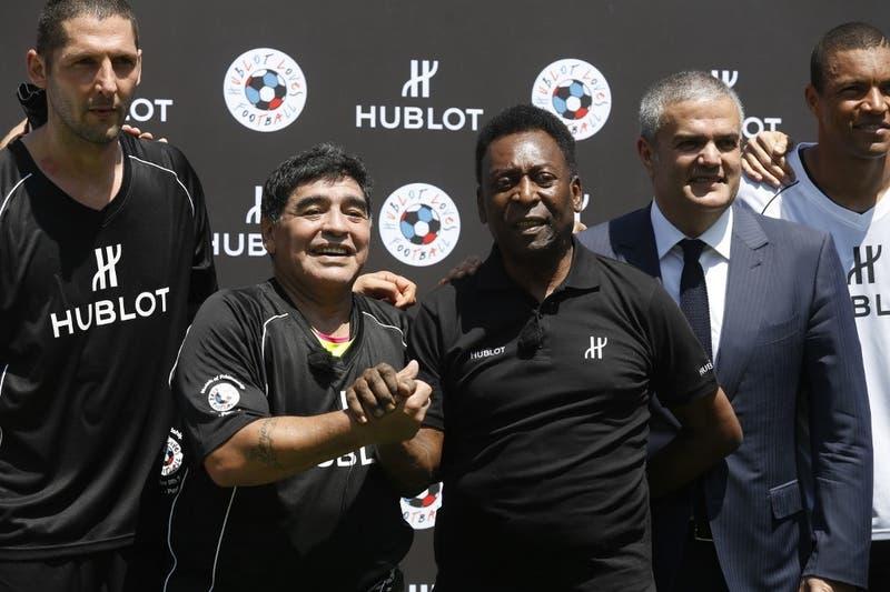 """Maradona saluda a Pelé por su cumpleaños: """"Muy felices 80 años de vida, rey"""""""