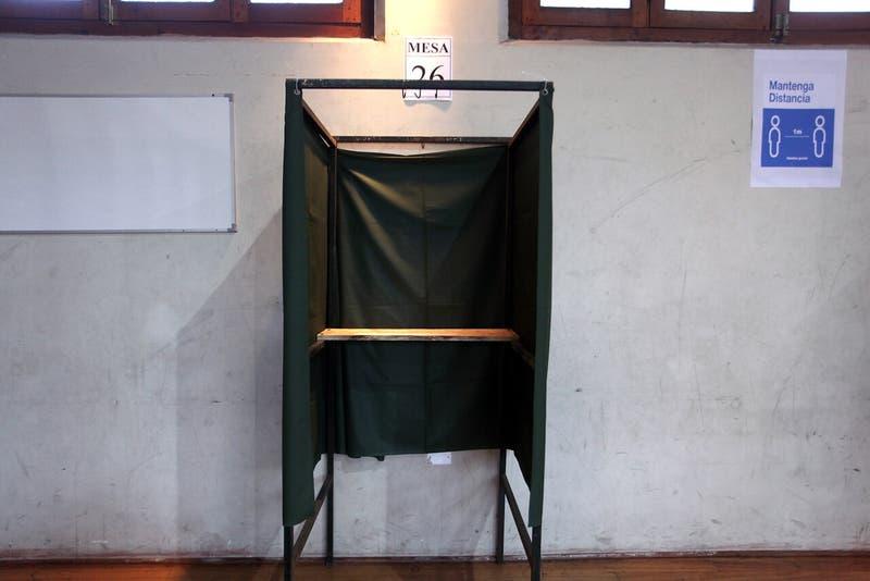 Fact Checking UC-T13: El RUT por sí solo no permite a los migrantes votar