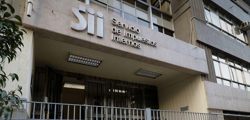 SII rebajó más de mil millones de pesos de impuestos a Penta por gasto en abogados