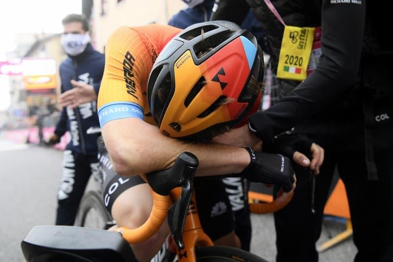 Ciclista muestra cómo se transforman sus piernas luego de una carrera