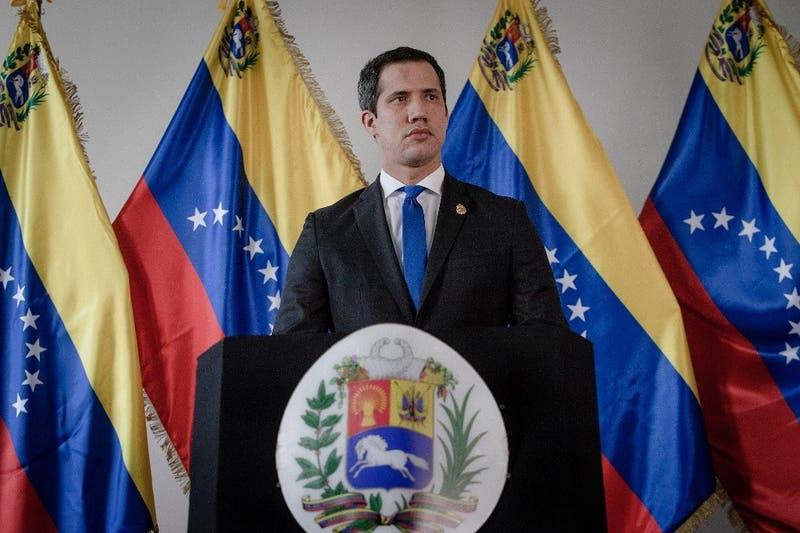 No incluyó a Maduro: Bolivia invita a Juan Guaidó a la asunción del izquierdista Luis Arce
