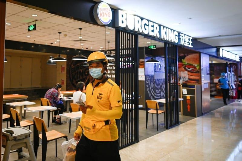 Coronavirus: Burger King llama a comprar en McDonald's