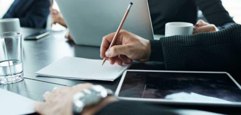 ¿Tienes empleados en tu emprendimiento? Conoce 10 claves para mantener un buen trato con ellos