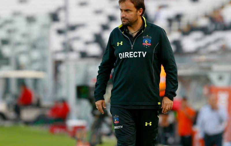 Universidad de Chile sigue buscando entrenador y José Luis Sierra correría con ventaja