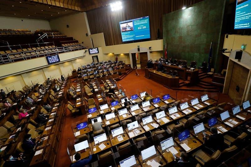 Diputados aprueban segundo retiro del 10% y proyecto avanza al Senado