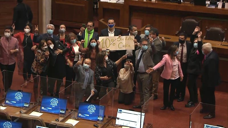 Senadores de Chile Vamos apoyarán segundo retiro del 10% de AFP
