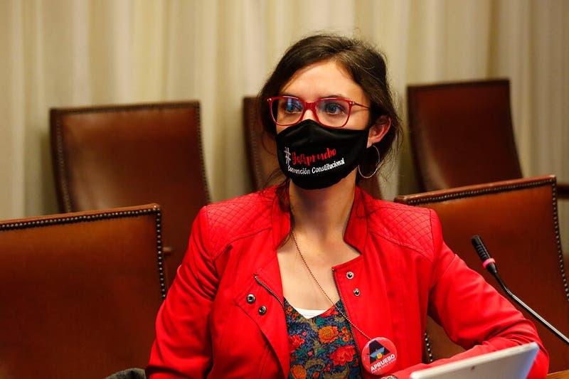 Diputadas de oposición proponen modificar quórum de 2/3 en la Convención Constitucional