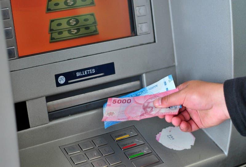 Congreso busca reactivar proyecto que exige tener billetes de $ 1.000 y $ 2.000 en los cajeros