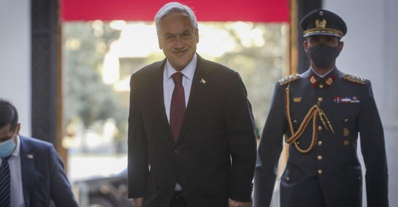 """Piñera: """"Un grupo de parlamentarios está pretendiendo escribir una Constitución paralela"""""""