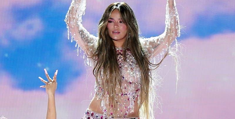 """El quinceañero vestido de Karol G en los Grammy Latinos: """"No me interesa si le favorece a mi cuerpo"""""""