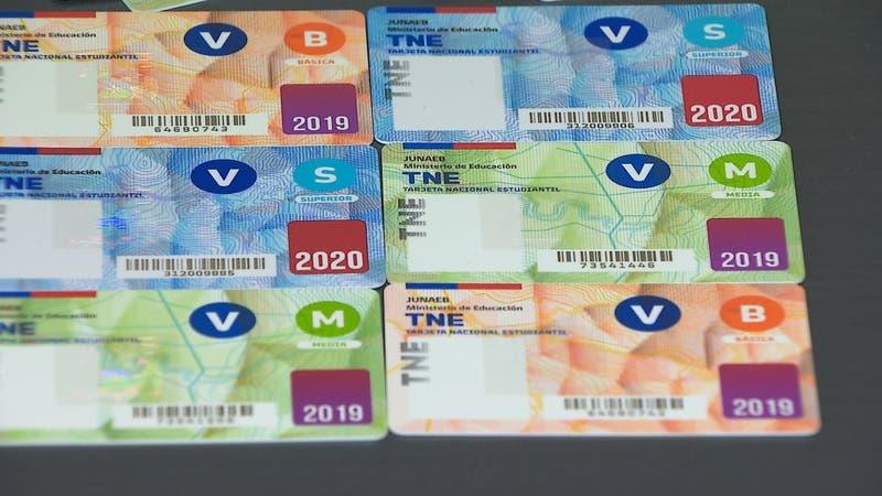 Largas filas por aviso en redes sociales: TNE estará disponible durante noviembre y diciembre
