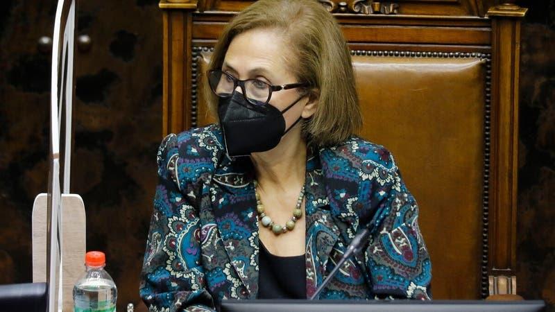 """Presidenta del Senado manifiesta """"enorme preocupación"""" por tensión entre Congreso y Gobierno"""