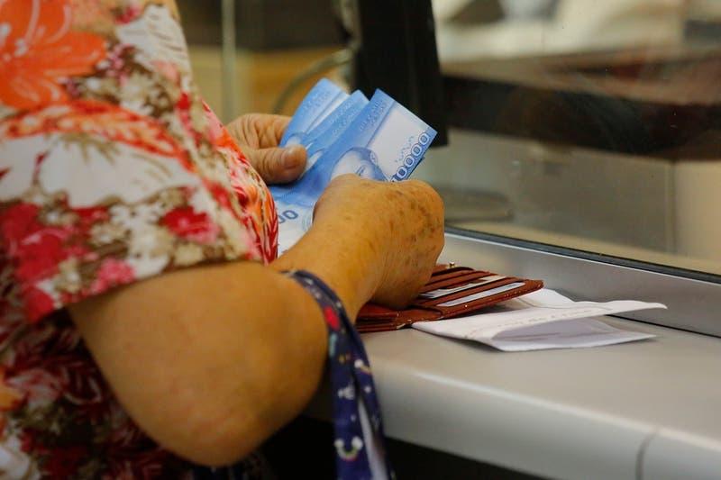 Aguinaldo de Navidad: Más de dos millones de pensionados recibirán el beneficio en diciembre