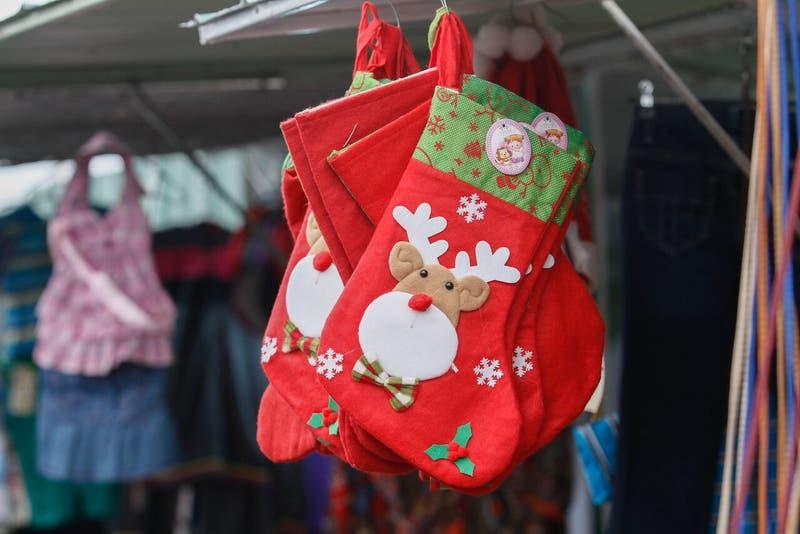 Gobierno prepara protocolo para que ferias navideñas operen en la RM durante el Paso 2