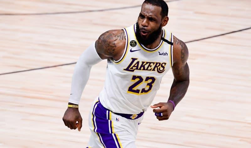 """LeBron James es elegido """"Atleta del Año"""" en 2020 por la revista Time"""