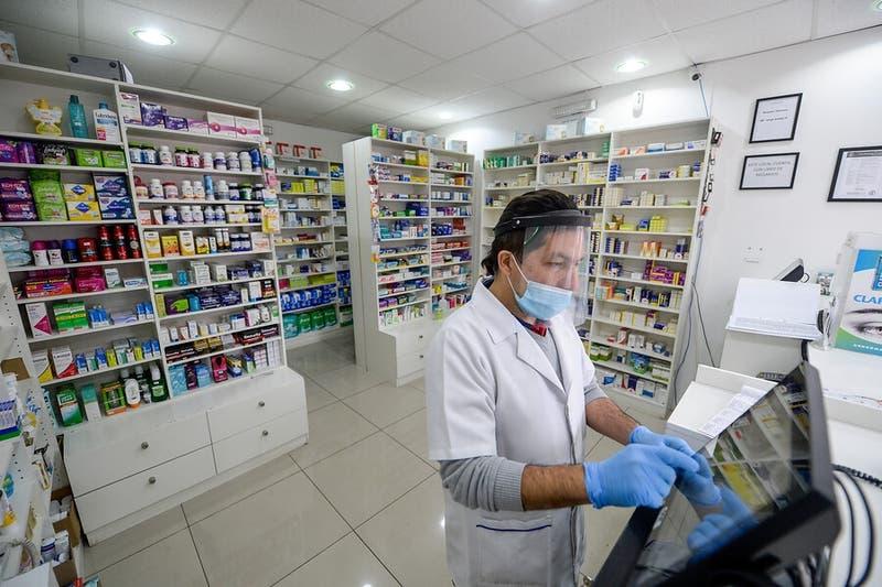 Farmacias independientes rechazan convenio entre Cenabast y Salcobrand