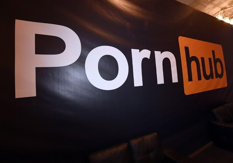 Pornhub en el ojo de la tormenta tras ser acusada de difundir pornografía infantil