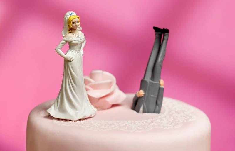 Joven demanda a su novio por no pedirle matrimonio tras 8 años de relación