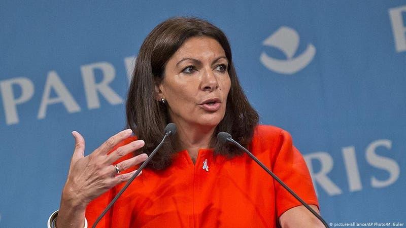 Alcaldía de París fue multada con cerca de 80 millones por haber empleado a muchas mujeres
