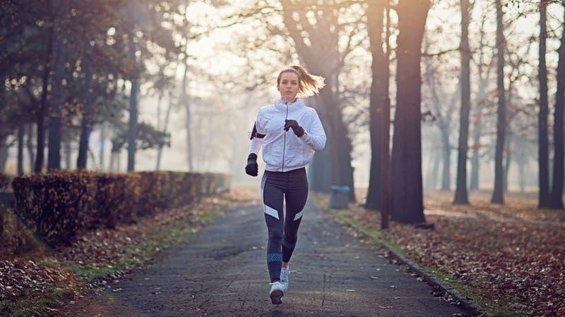 Cómo cambia tu cuerpo según las estaciones del año y por qué es importante saberlo para tu salud