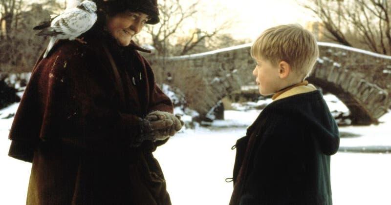 Mi pobre angelito 2: triste navidad de la señora de las palomas