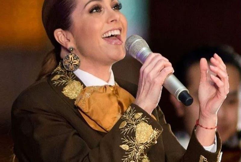 Mijares revela por qué se divorció de Lucerito